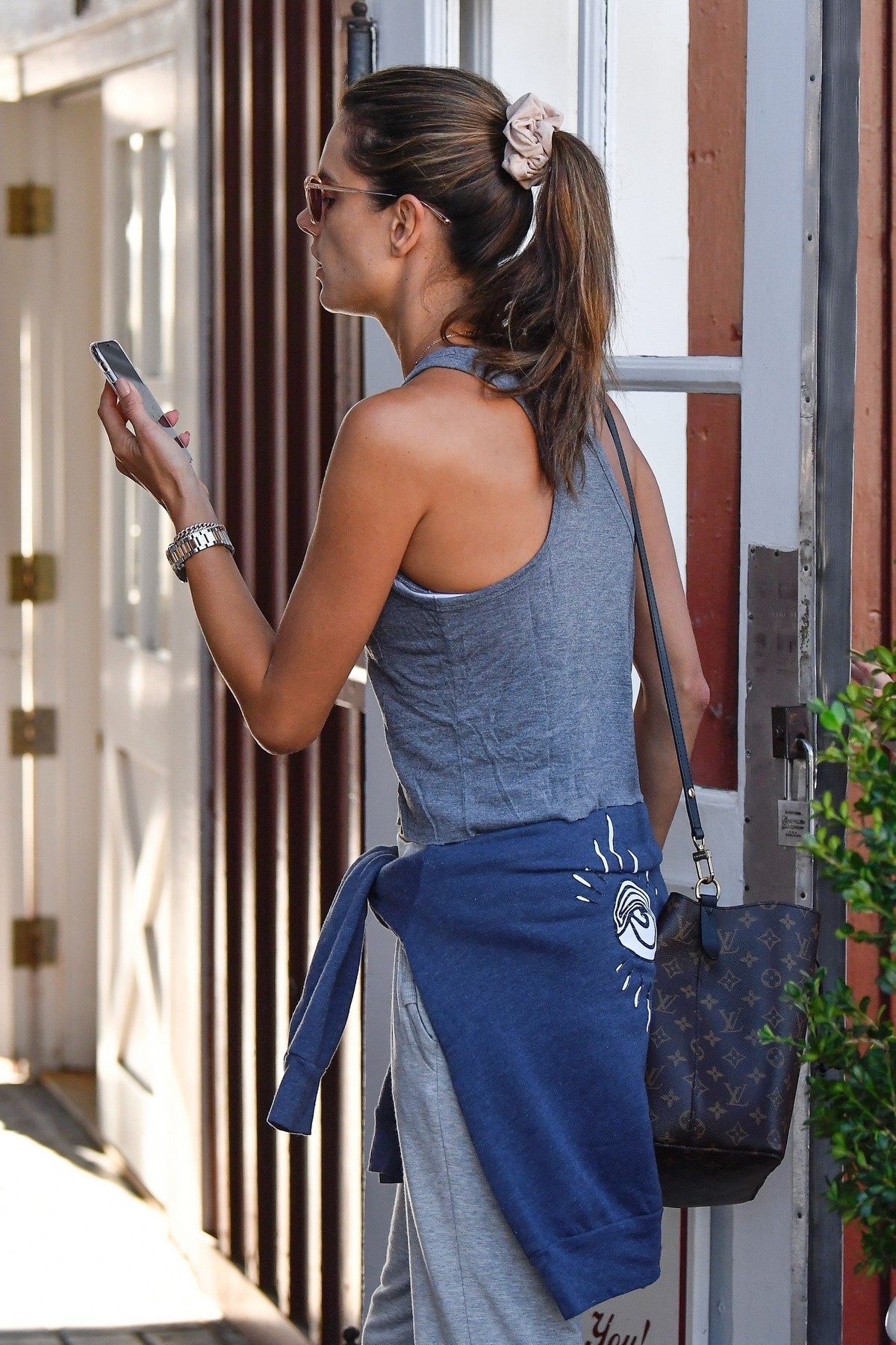 Alessandra Ambrosio with her daughter Anja Louise at the Country Mart in Brentwood 2019/11/16 7