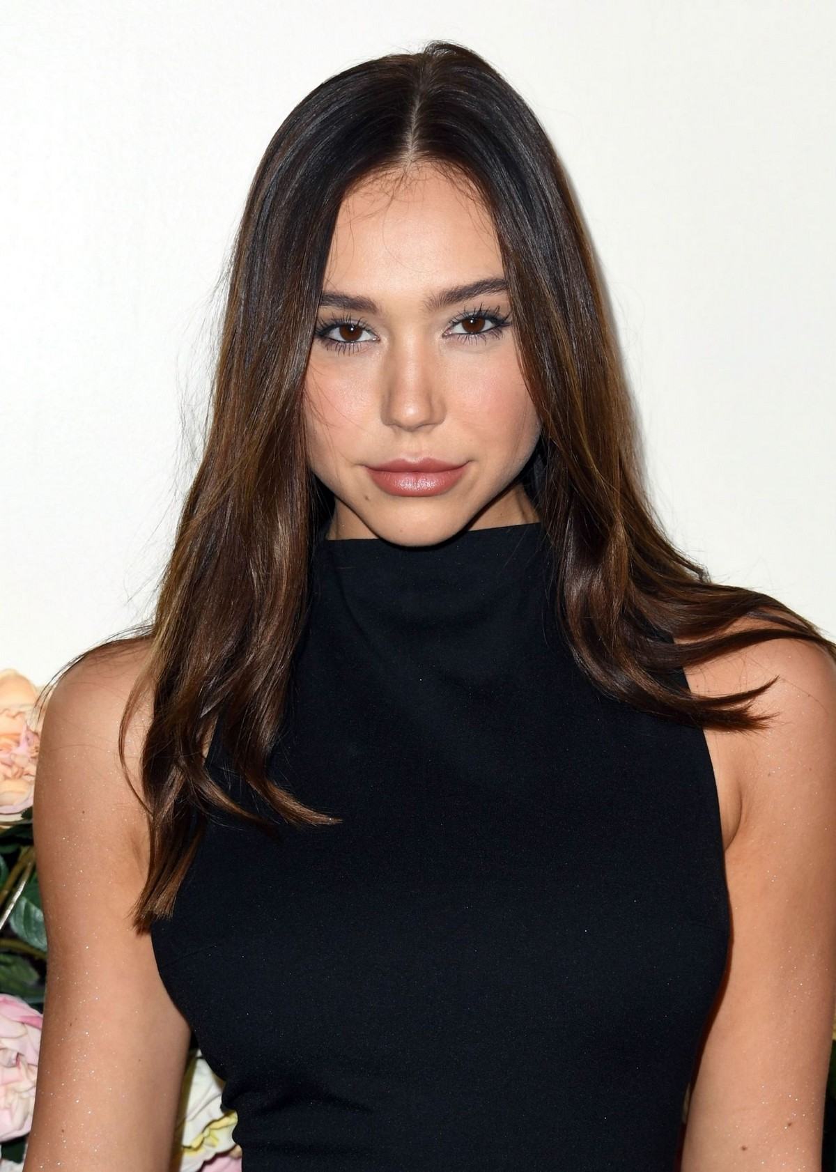 Alexis Ren in Black Dress at 3rd Annual #Revolve Awards in Hollywood 2019/11/15 4