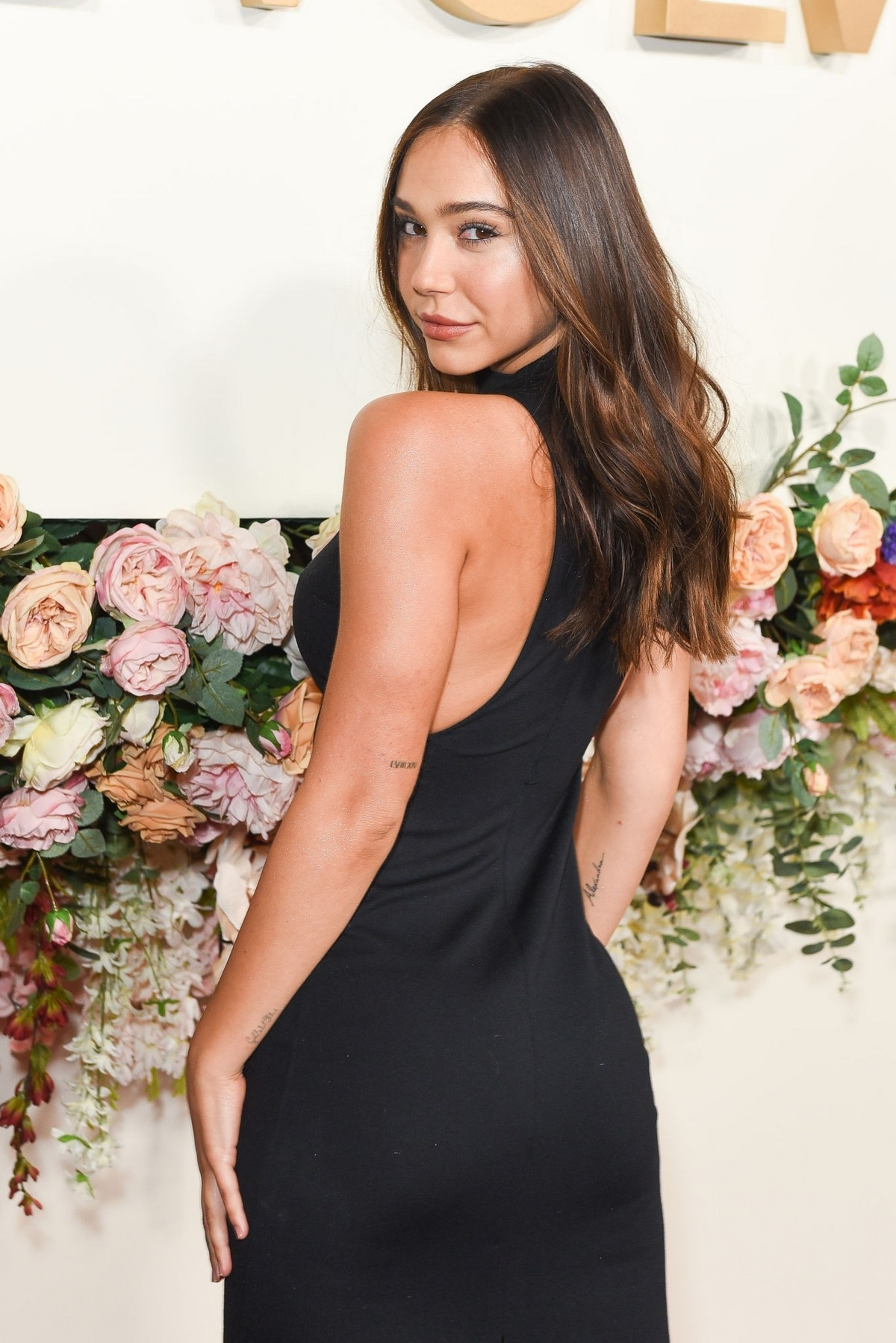 Alexis Ren in Black Dress at 3rd Annual #Revolve Awards in Hollywood 2019/11/15 6