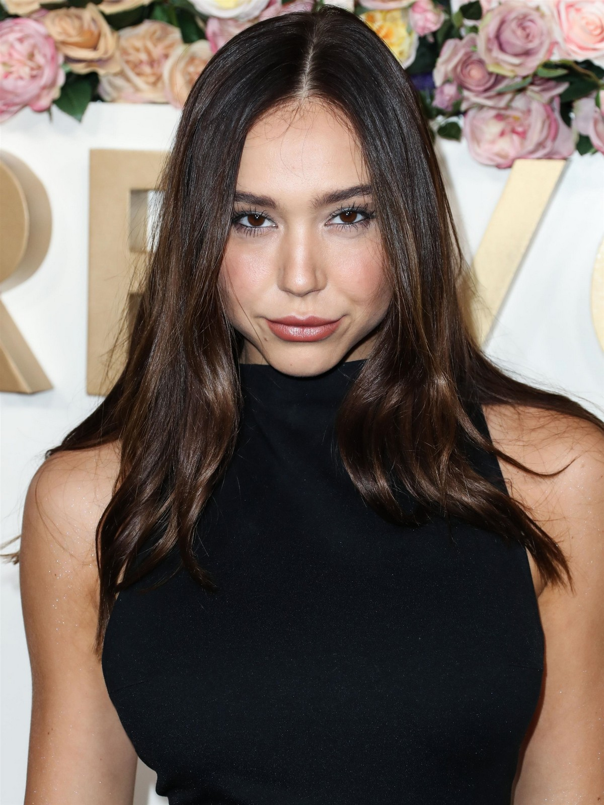 Alexis Ren in Black Dress at 3rd Annual #Revolve Awards in Hollywood 2019/11/15 8