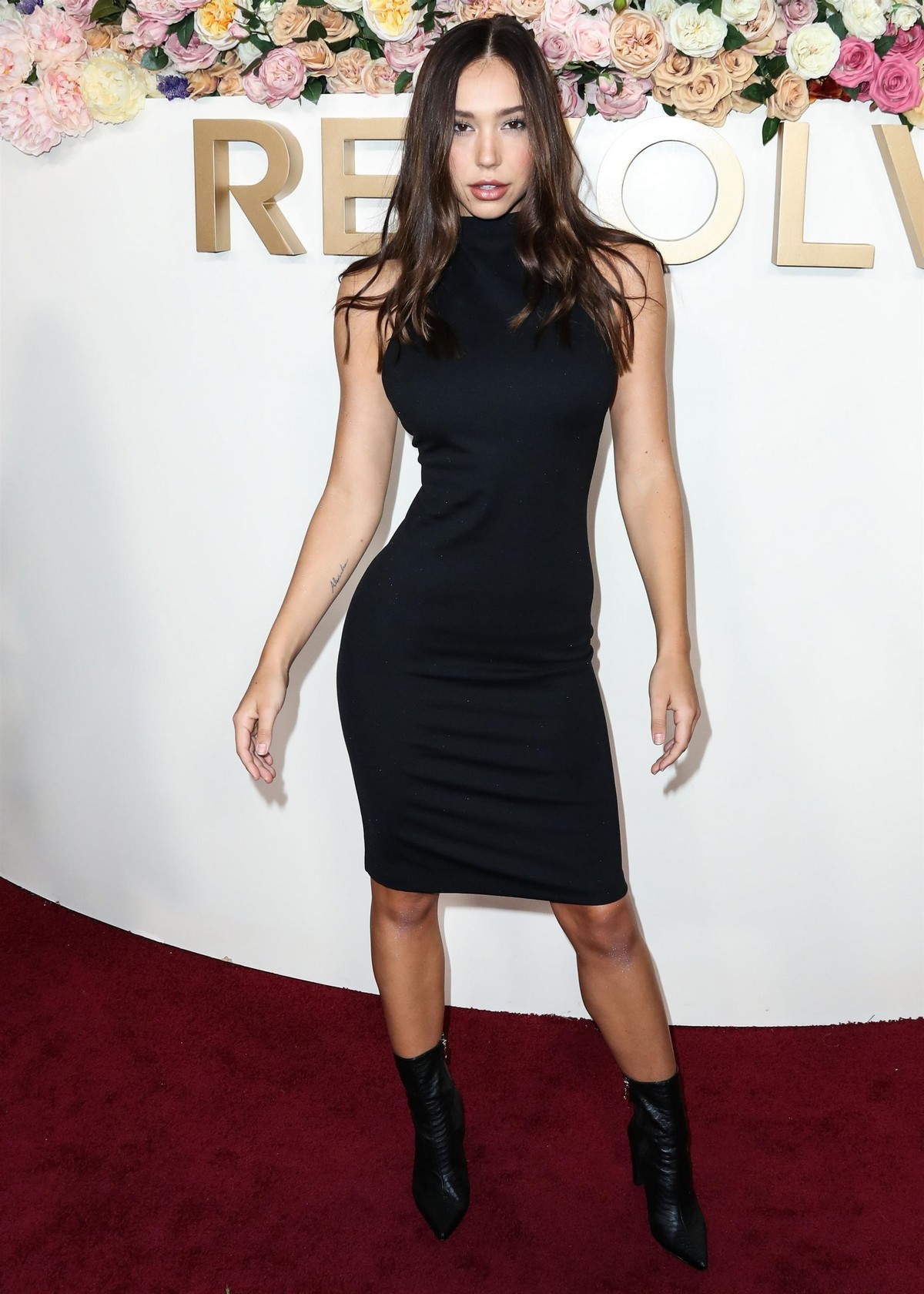 Alexis Ren in Black Dress at 3rd Annual #Revolve Awards in Hollywood 2019/11/15 15