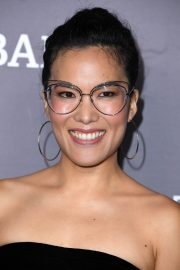 Ali Wong attends Baby2Baby Gala presented by Paul Mitchell in Culver City 2019/11/09 14