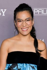 Ali Wong attends Baby2Baby Gala presented by Paul Mitchell in Culver City 2019/11/09 26