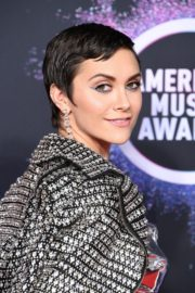 Alyson Stoner attends 2019 American Music Awards at Microsoft Theater in Los Angeles 2019/11/24 1