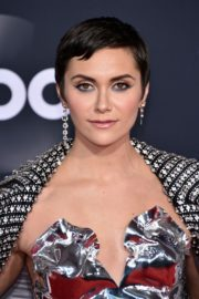 Alyson Stoner attends 2019 American Music Awards at Microsoft Theater in Los Angeles 2019/11/24 3