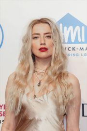 Amber Heard attends 2019 Emery Awards in New York 2019/11/06 2