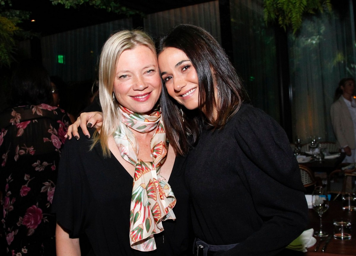 Amy Smart and Emmanuelle Chriqui at Ardor at The West Hollywood EDITION in West Hollywood 2019/11/19 1