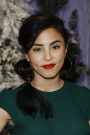 Anna Akana attends Let It Snow Photocall in Beverly Hills 2019/11/01 7