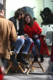 Anna Kendrick and Nick Thune on the set of 'Love Life' in New York 2019/11/01 11