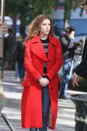 Anna Kendrick and Nick Thune on the set of 'Love Life' in New York 2019/11/01 13