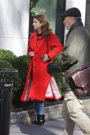 Anna Kendrick and Nick Thune on the set of 'Love Life' in New York 2019/11/01 14