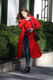 Anna Kendrick and Nick Thune on the set of 'Love Life' in New York 2019/11/01 15