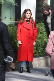 Anna Kendrick and Nick Thune on the set of 'Love Life' in New York 2019/11/01 18