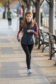 Anna Kendrick on the set of 'Love Life' in New York City 2019/11/05 5