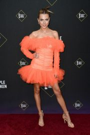 Anne Winters attends E! People's Choice Awards 2019 at Barker Hangar in Santa Monica 2019/11/10 14