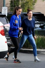 Ashley Greene with a friend goes shopping for groceries in Beverly Hills 2019/11/26 5