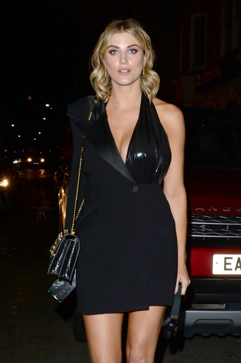 Ashley James arrives for Motorola Moto 360 launch party in London 2019/10/29 1