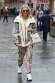 Ashley Roberts arrives Pussycat Dolls Rehearsals in London 2019/11/28 6