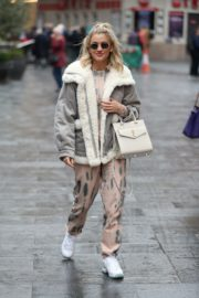 Ashley Roberts arrives Pussycat Dolls Rehearsals in London 2019/11/28 7