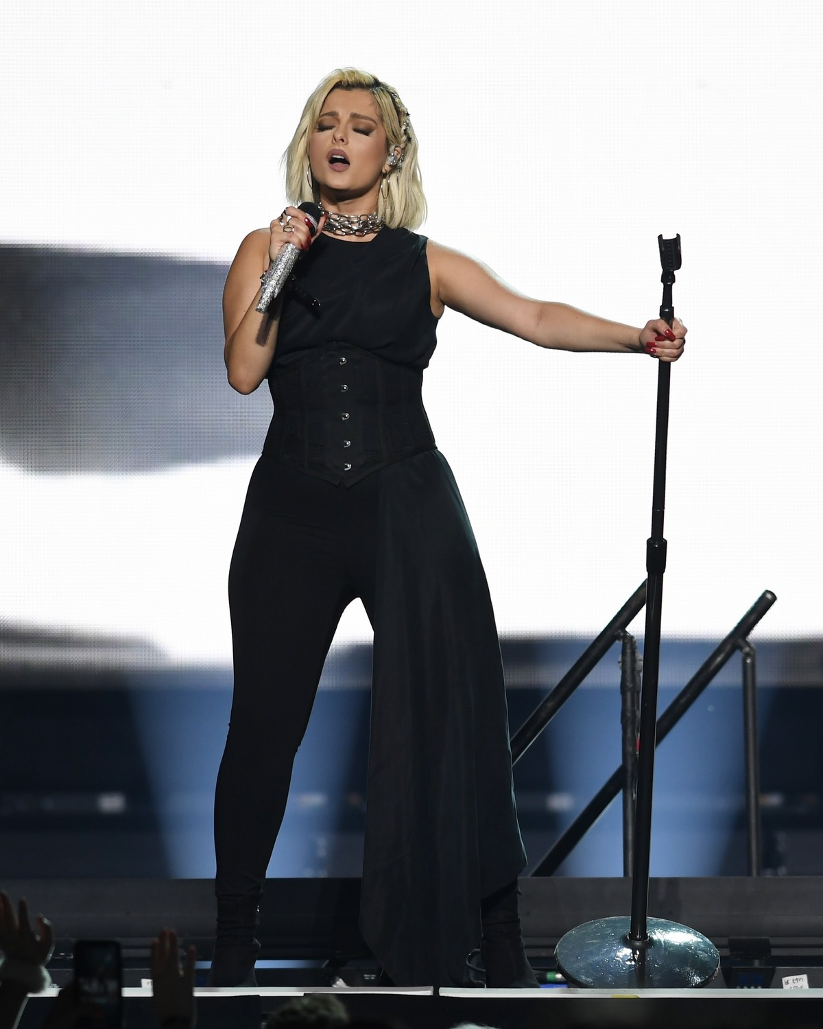 Bebe Rexha performs at the BB&T Center in Sunrise 2019/11/15 19
