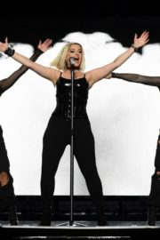 """Bebe Rexha Performs During Jonas Brothers """"Happiness Begins"""" Tour at Prudential Center in Newark 2019/11/22 4"""