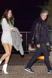 Bella Thorne flashes her legs with Benjamin Mascolo after a dinner date night out at Nobu in Malibu 2019/11/27 6