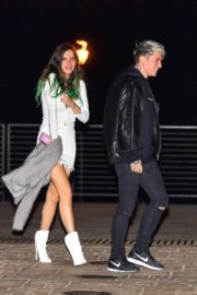 Bella Thorne flashes her legs with Benjamin Mascolo after a dinner date night out at Nobu in Malibu 2019/11/27 10