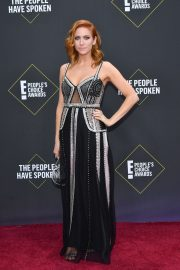 Brittany Snow arrives 2019 E! People's Choice Awards at the Barker Hangar in Santa Monica 2019/11/10 5