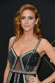 Brittany Snow arrives 2019 E! People's Choice Awards at the Barker Hangar in Santa Monica 2019/11/10 12