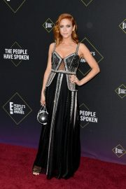 Brittany Snow arrives 2019 E! People's Choice Awards at the Barker Hangar in Santa Monica 2019/11/10 13
