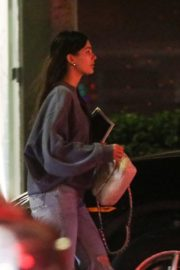 Camila Morrone in Sweatshirt and Ripped Jeans at a Mini Mart in Hollywood 2019/11/26 3