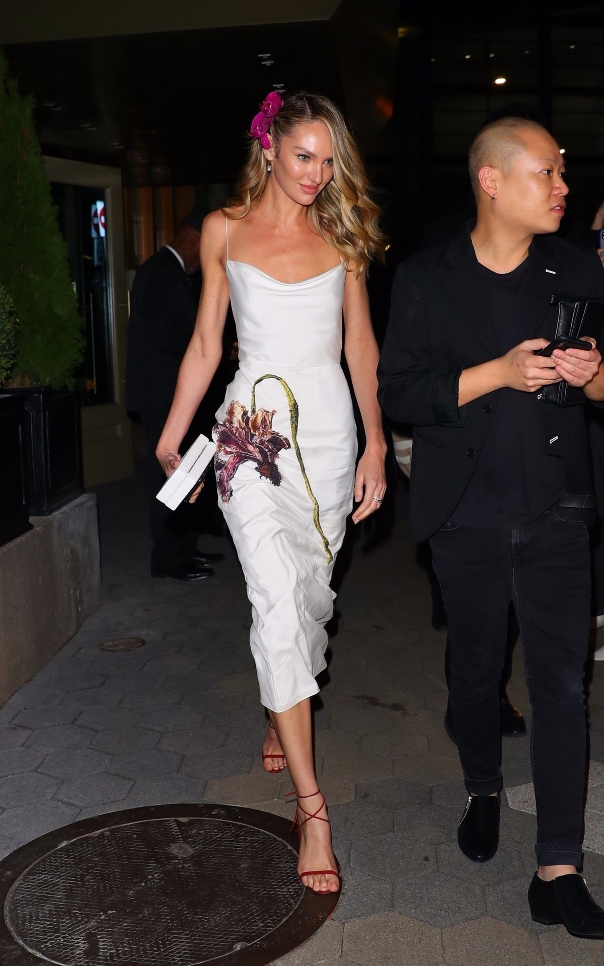Candice Swanepoel and Jason Wu Outside Cipriani in New York City 2019/11/04 21