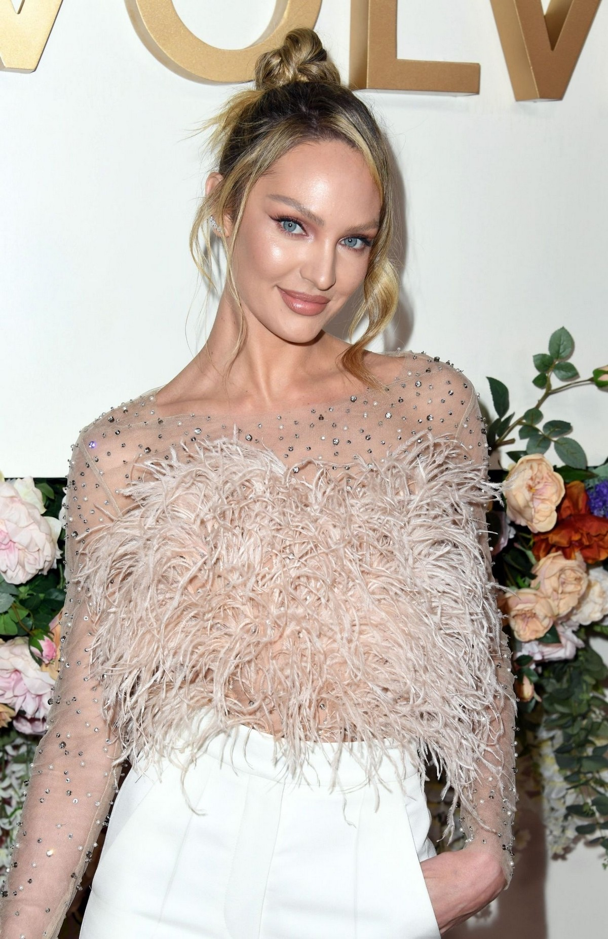 Candice Swanepoel attends 3rd Annual #Revolve Awards in Hollywood 2019/11/15 8