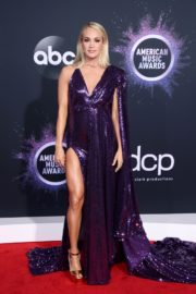 Carrie Underwood attends 2019 American Music Awards at Microsoft Theater in Los Angeles 2019/11/24 1