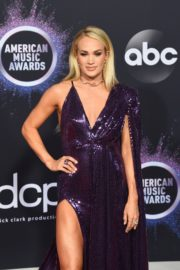 Carrie Underwood attends 2019 American Music Awards at Microsoft Theater in Los Angeles 2019/11/24 4