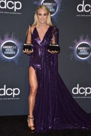 Carrie Underwood attends 2019 American Music Awards at Microsoft Theater in Los Angeles 2019/11/24 8