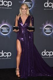 Carrie Underwood attends 2019 American Music Awards at Microsoft Theater in Los Angeles 2019/11/24 14