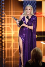 Carrie Underwood attends 2019 American Music Awards at Microsoft Theater in Los Angeles 2019/11/24 20