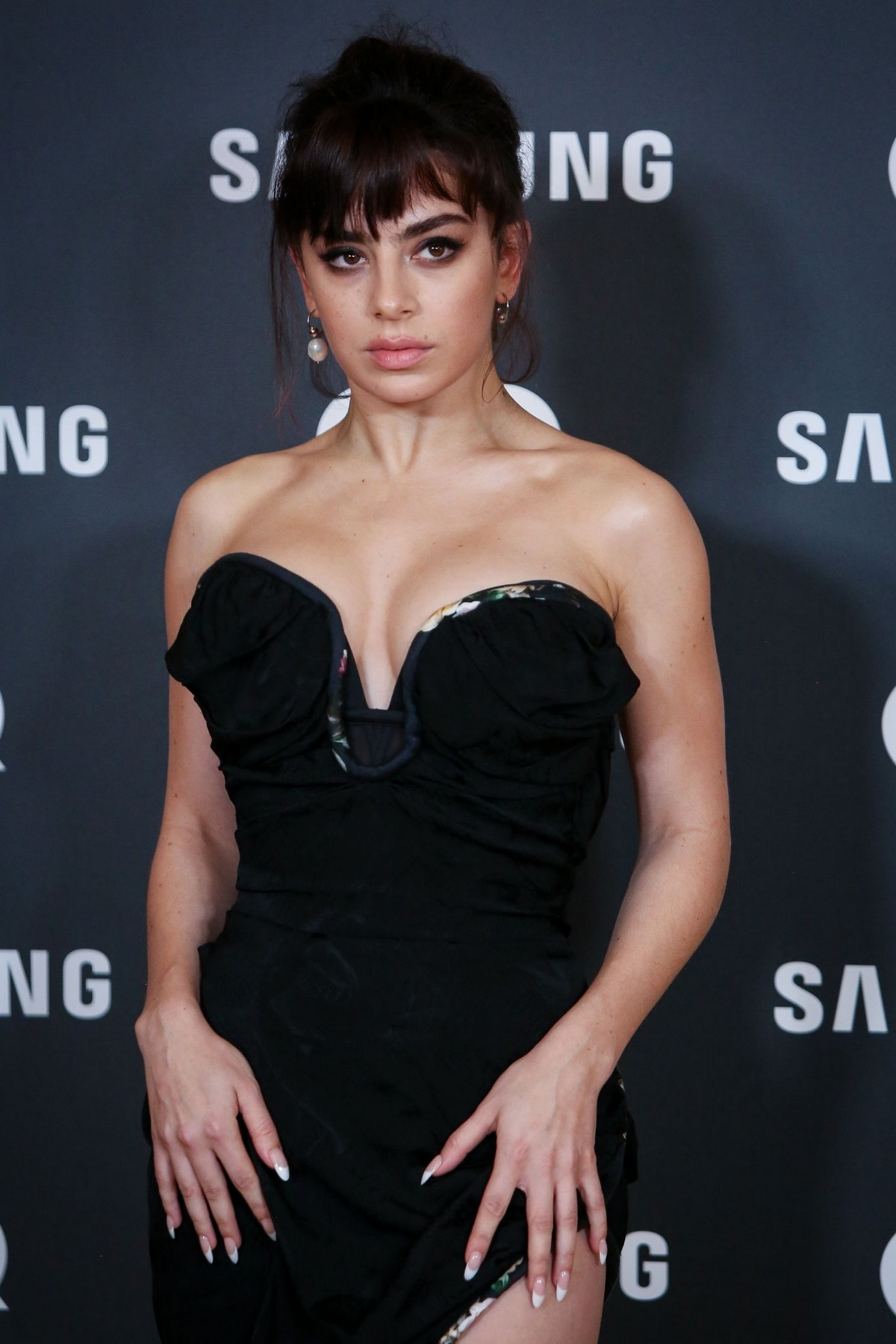 Charli XCX attends GQ Men of the Year Awards in Madrid 2019/11/21 4