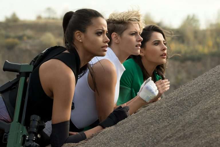Charlie's Angels Official Trailer, Kristen Stewart, Naomi Scott, Jonathan Tucker 1