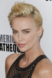 Charlize Theron attends 33rd American Cinematheque Award Presentation 2019/11/08 10