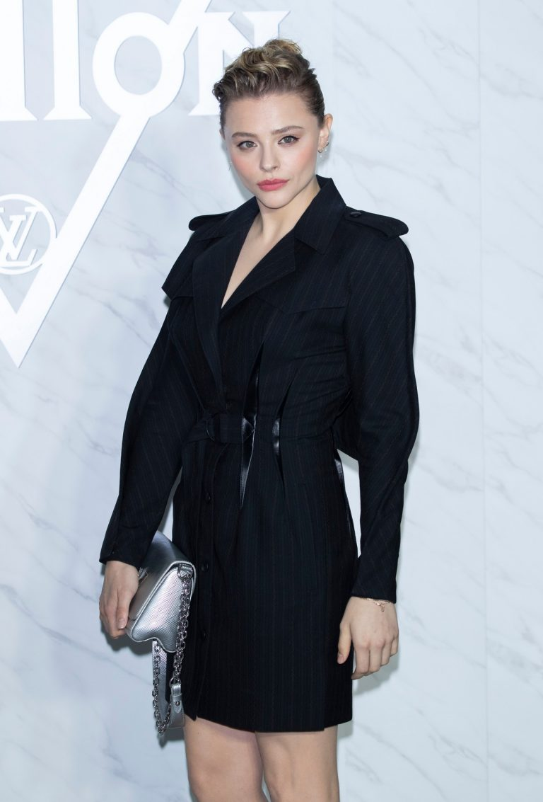 Chloe Grace Moretz attends Louis Vuitton South Korea Women's Fashion Show in Seoul, South Korea 2019/10/31 8