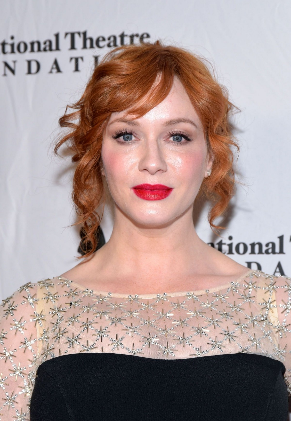 Christina Hendricks attends 2019 annual Thespians Go Hollywood Gala in Los Angeles 2019/11/18 4