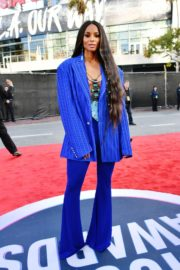 Ciara attends 2019 American Music Awards at Microsoft Theater in Los Angeles 2019/11/24 3