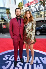 Cobie Smulders and Taran Killam attend 2019 American Music Awards at Microsoft Theater in Los Angeles 2019/11/24 2