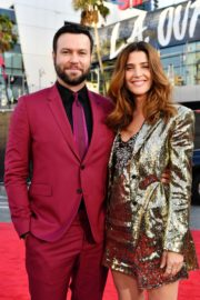 Cobie Smulders and Taran Killam attend 2019 American Music Awards at Microsoft Theater in Los Angeles 2019/11/24 3