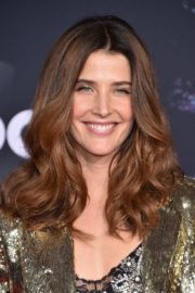 Cobie Smulders attends 2019 American Music Awards at Microsoft Theater in Los Angeles 2019/11/24 2
