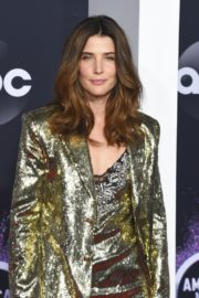 Cobie Smulders attends 2019 American Music Awards at Microsoft Theater in Los Angeles 2019/11/24 13