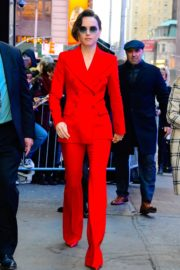 Daisy Ridley in red outfit arrives Good Morning America in New York City 2019/11/26 3