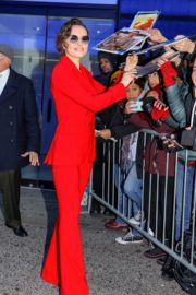 Daisy Ridley in red outfit arrives Good Morning America in New York City 2019/11/26 5